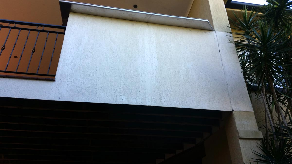 Balconny facia with 2mm Granosite Strike